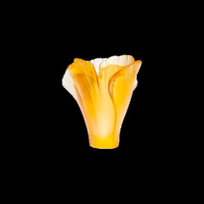 مزهرية صغيرة من الجنكة