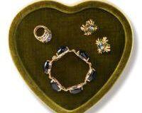 Valentina Velvet Heart Tray, small
