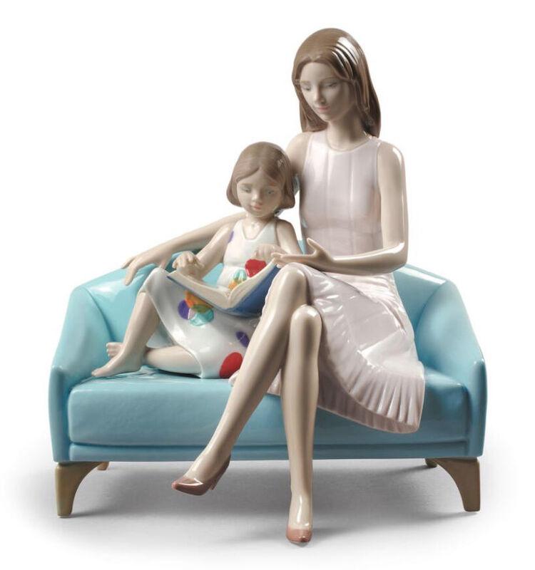 تمثال أمنا لحظة القراءة, large