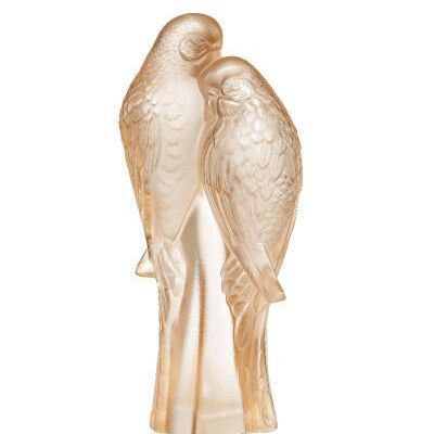 تمثال الببغاويين