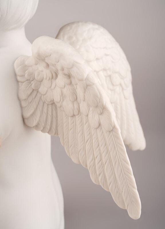 الملاك السماوي, large