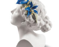 Daisy With Flowers Woman Bust, small