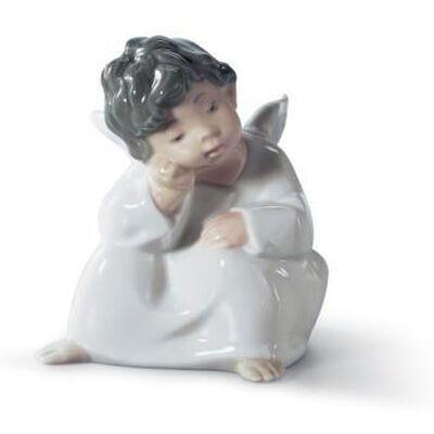 تمثال التفكير في الملائكة