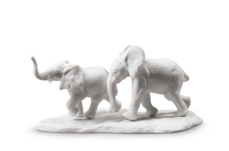 تمثال الحياة البرية تتبع مسار, large