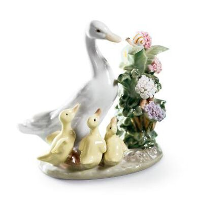 How Do You Do Duck Figurine