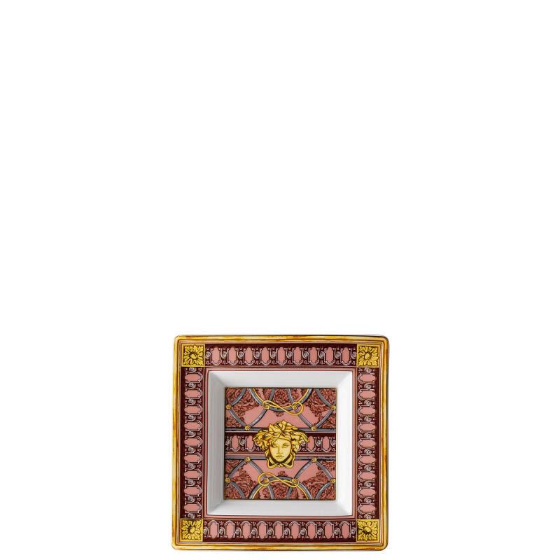 طبق   سلم القصر الوردي, large