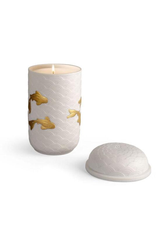 Golden Kois Candle. A Secret Orient Scent., large
