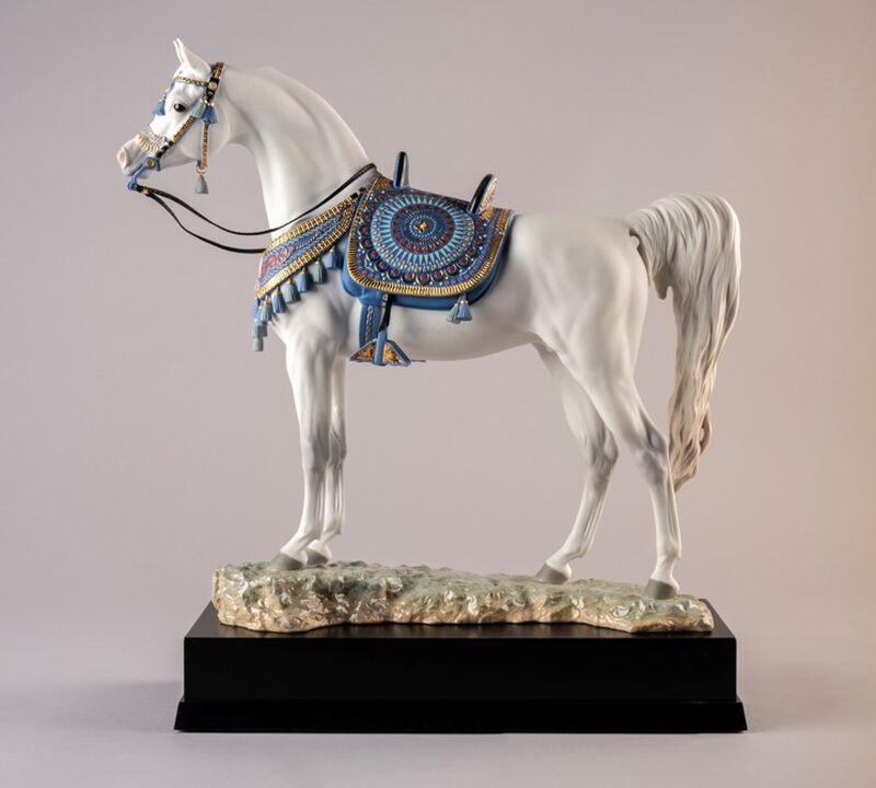 سلالة عربية نقية- تمثال حصان إصدار محدود, large