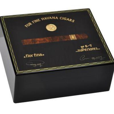 Humidor Medals Black sycamore for 50 cigars
