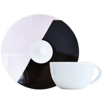OSCAR Tea cup and saucer