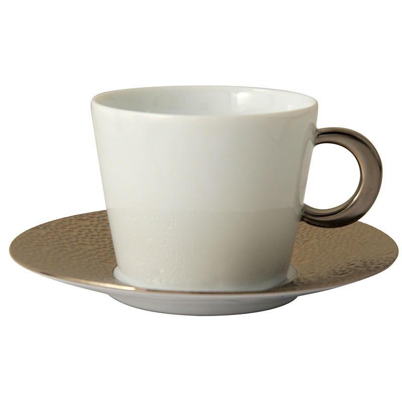 أكواب الشاي والصحون بلاتين إيكيوم, large