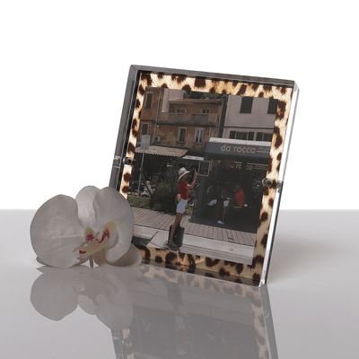 leopard Accent Snap Frame