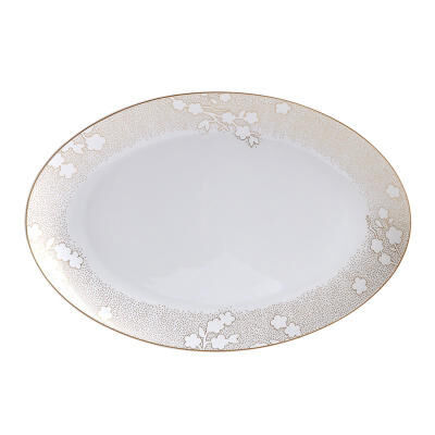 طبق بيضاوي ريفي