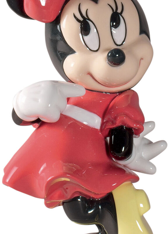 Minnie Mouse, large