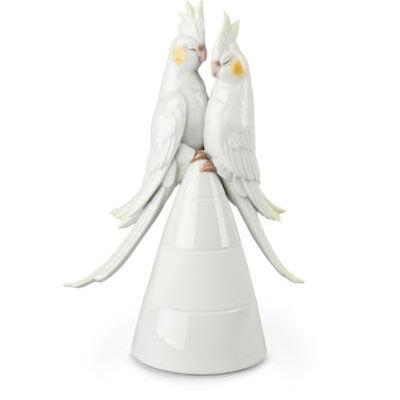 تمثال  الحوريات في الحب